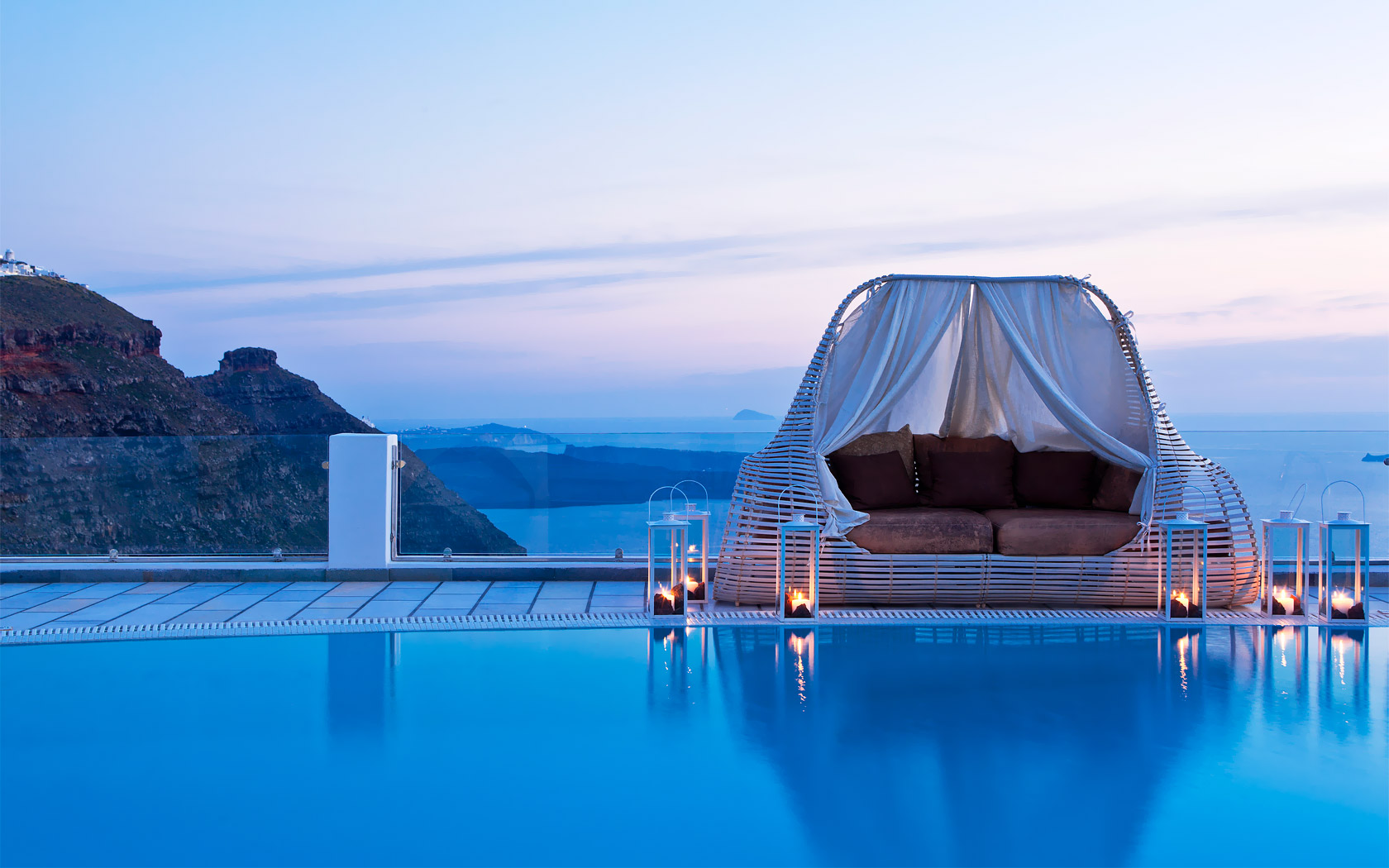 Luxury and spa resorts in greece greece resorts for Beautiful hotels of the world
